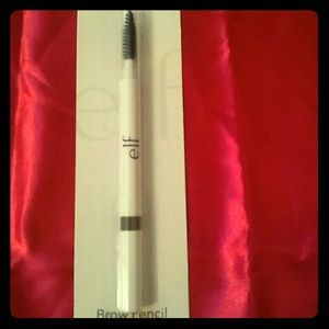 🔴 Red dot Sale 2 for $6 E.L.F Brow pencil